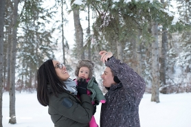 edmonton winter family portraits,